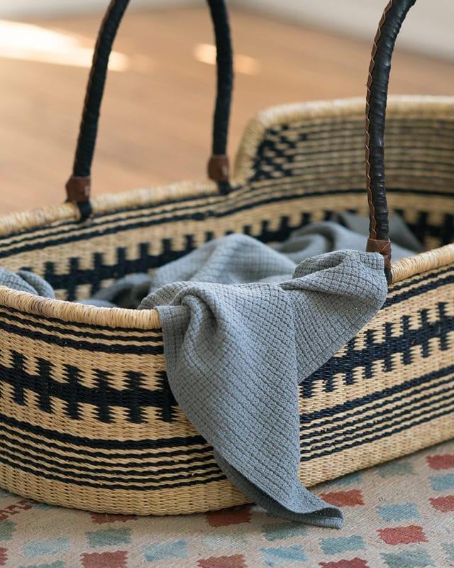 Mungo-Organic-Cotton-Cellular-Baby-Blanket-Grey-Mood