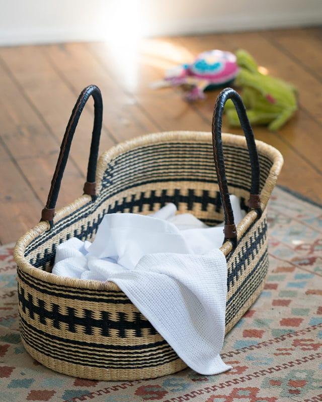 Mungo-Organic-Cotton-Cellular-Baby-Blanket-White-Mood