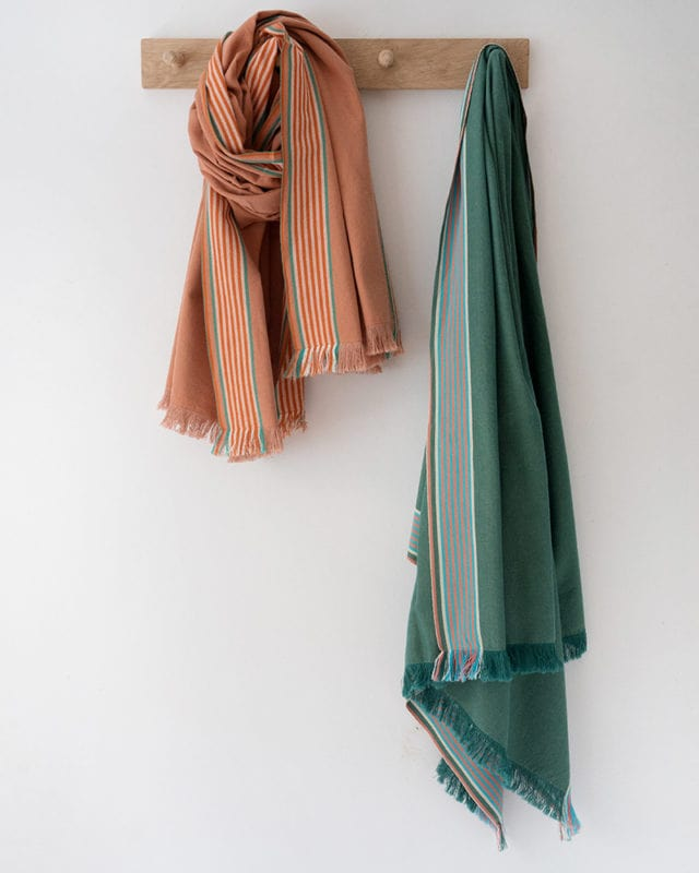 Mungo Ruti Kikoi. Pure cotton scarf, shawl or wrap woven at the Mungo Mill in South Africa