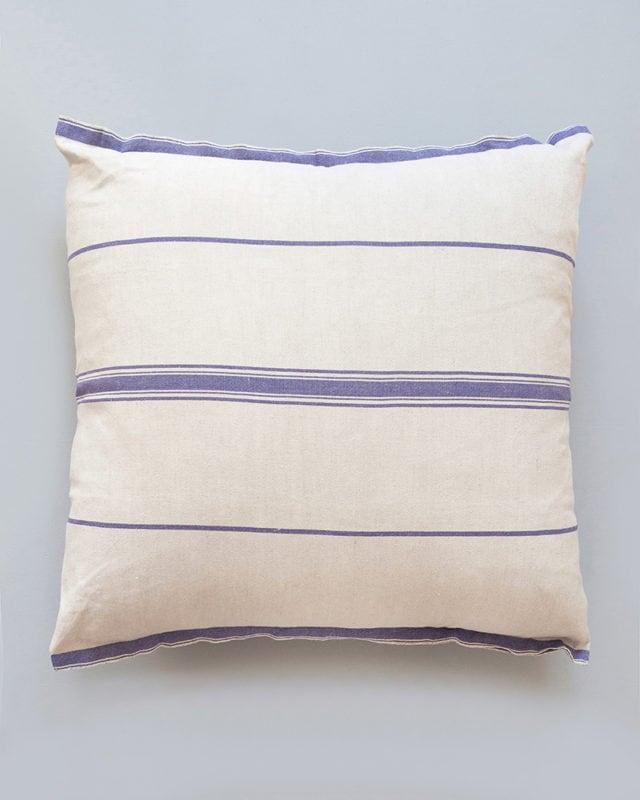 Mungo-Lisburn-Linen-Cushion-04