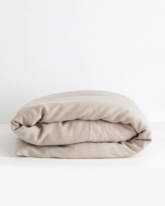 Crisp 100% linen duvet covers in natural flax woven from Italian 100% linen at the Mungo Mill